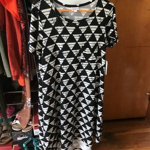Lularoe NWT black and white Carly dress